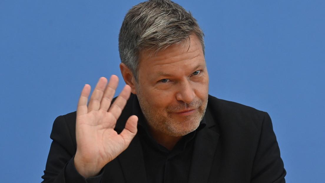 """Medienbericht: Grüne wollen Habeck als Vizekanzler, Baerbock als Fachministerin """"geeignet"""""""