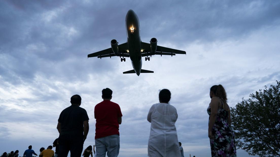 """""""2G"""" als das neue Normal: United Airlines will 600 Impfunwilligen kündigen"""