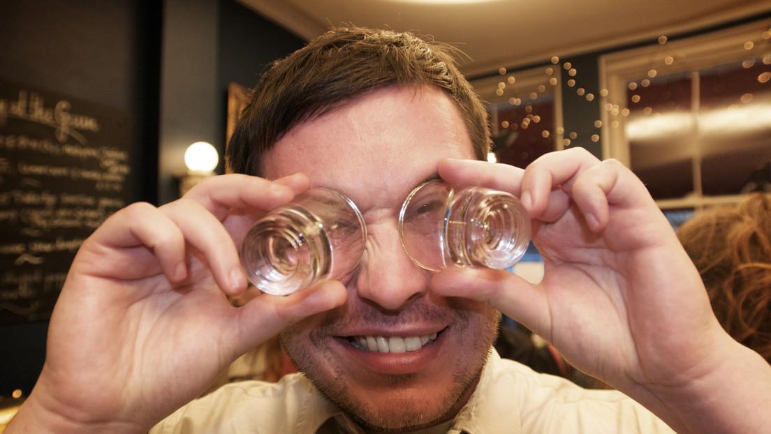 Auf dem Weg zur Selbstfindung: Betrunkener nimmt an Suchaktion nach sich selbst teil