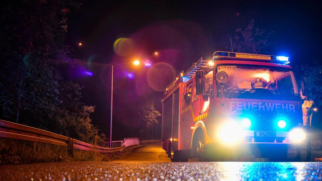 Großbrand in Stuttgart: Busdepot geht in Flammen auf