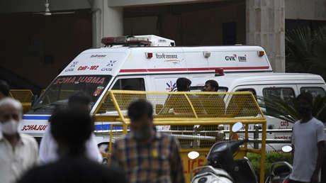 Mord im Gerichtssaal: Zwei als Anwalte verkleidete Killer erschießen Bandenführer in Neu-Delhi