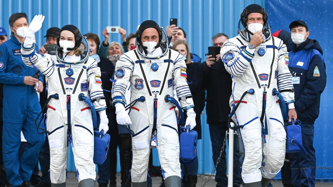 Zum ersten Mal in der Weltgeschichte: Drehteam aus Russland fliegt zur ISS