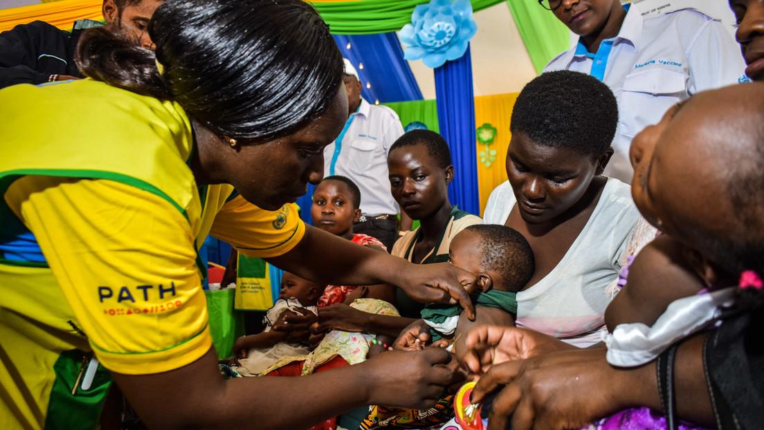 """""""Ein historischer Moment"""": WHO genehmigt den ersten Malaria-Impfstoff für Kinder"""
