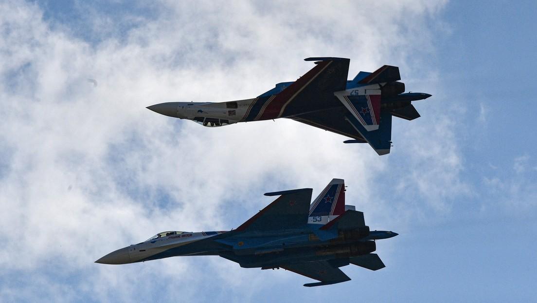 Russische Jäger eskortieren US-Kampfflugzeuge über Schwarzem Meer