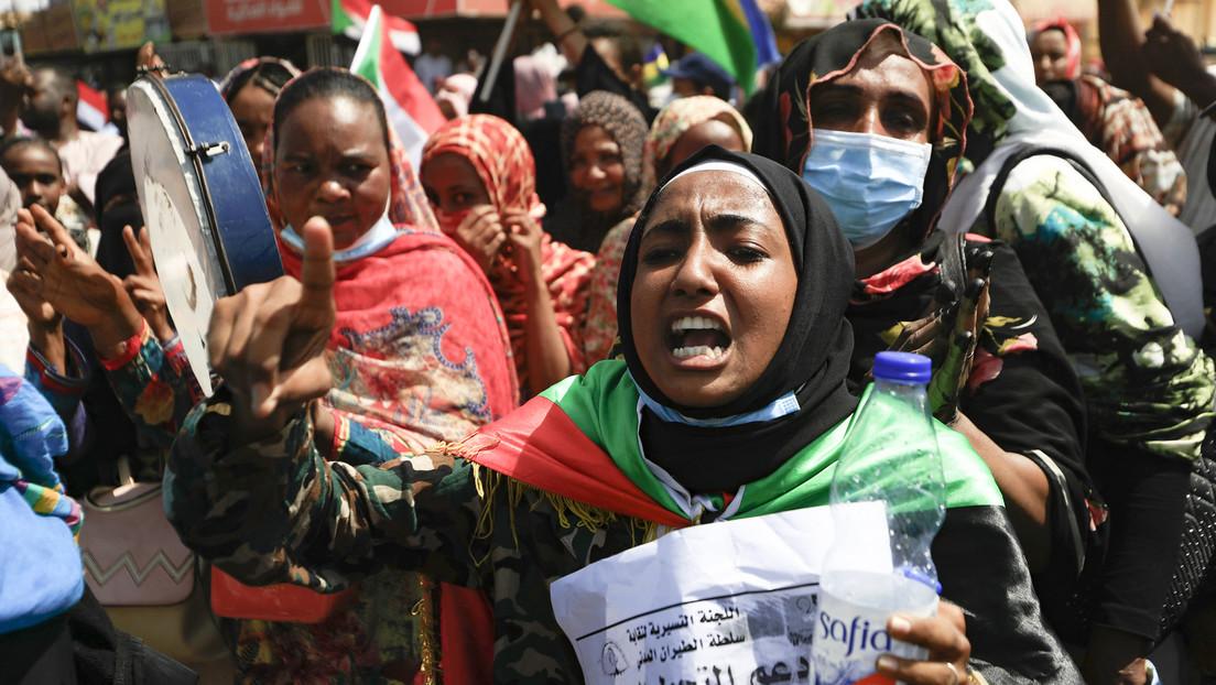 """Pulverfass Sudan – Massenproteste führen zu """"gefährlichster Krise"""" seit Sturz von Umar al-Baschir"""