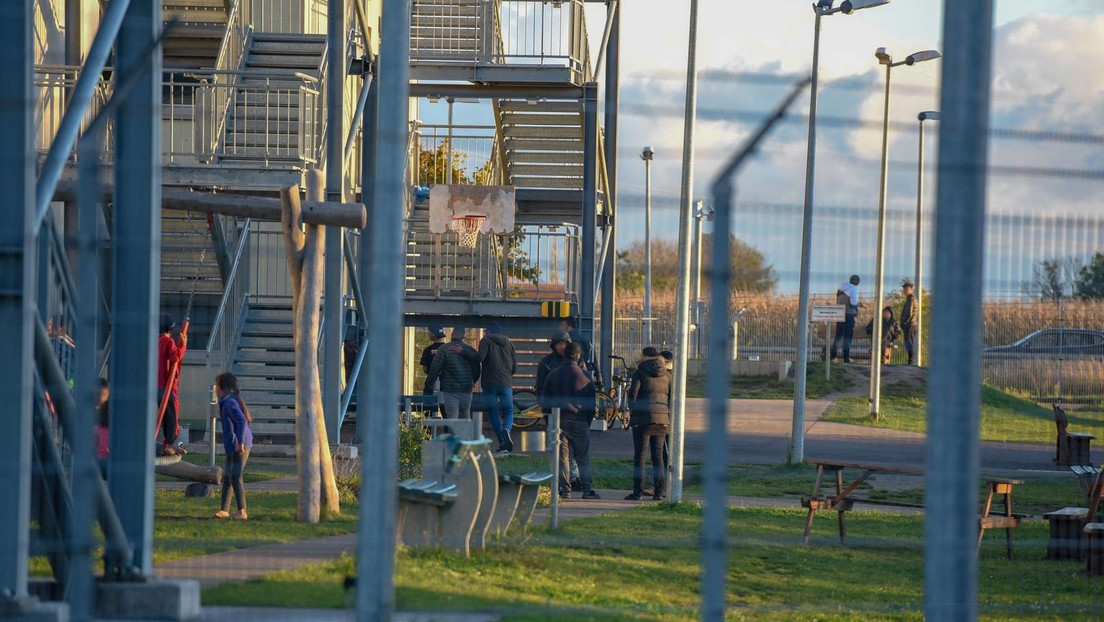 Flüchtlingskrise verschärft sich: Ostdeutschen Asyl-Erstaufnahmezentren droht der Kollaps