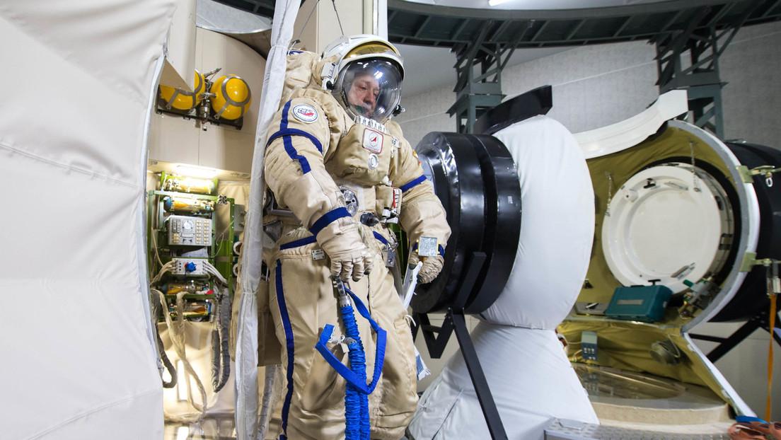 Video: Kosmonaut übt erste russische Mondlandung