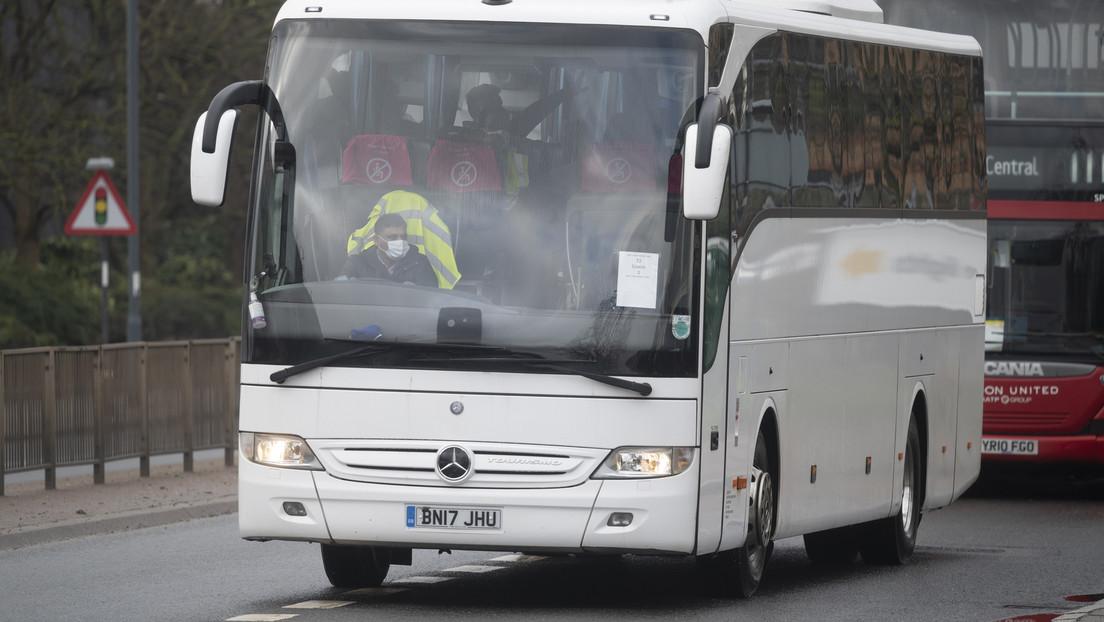 Britische Busfahrer wechseln wegen höherer Löhne in die Logistik