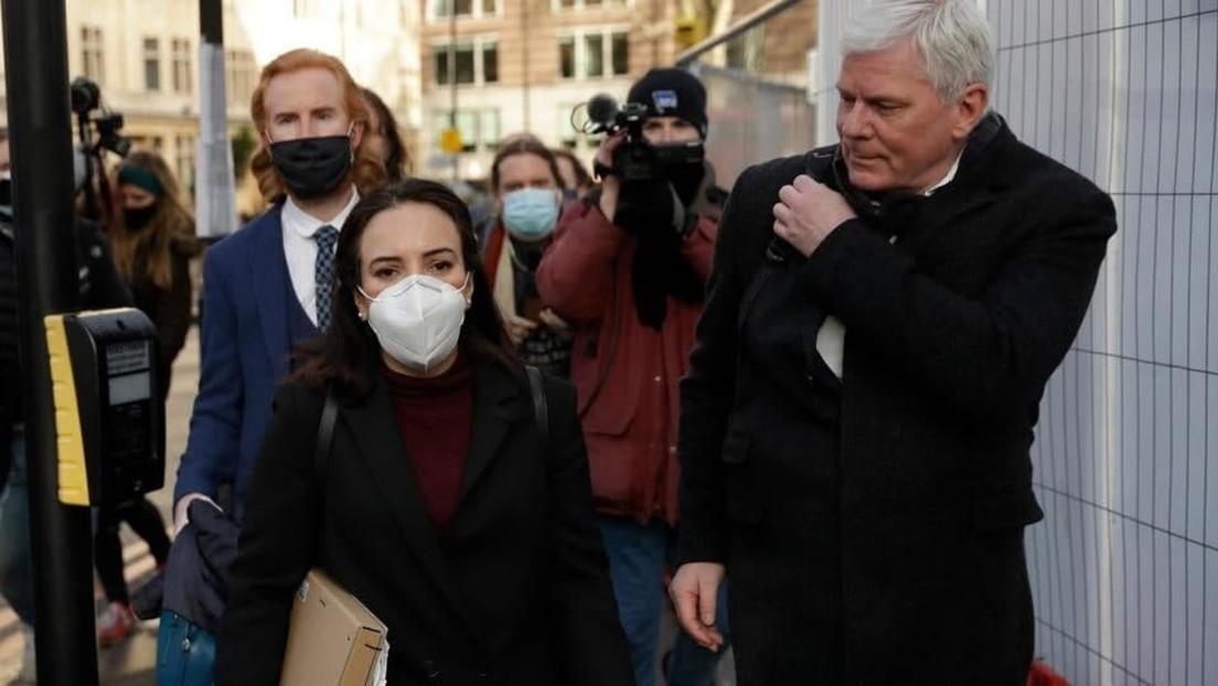 LIVE aus London: Verlobte von Assange und Chefredakteur von Wikileaks geben Pressekonferenz