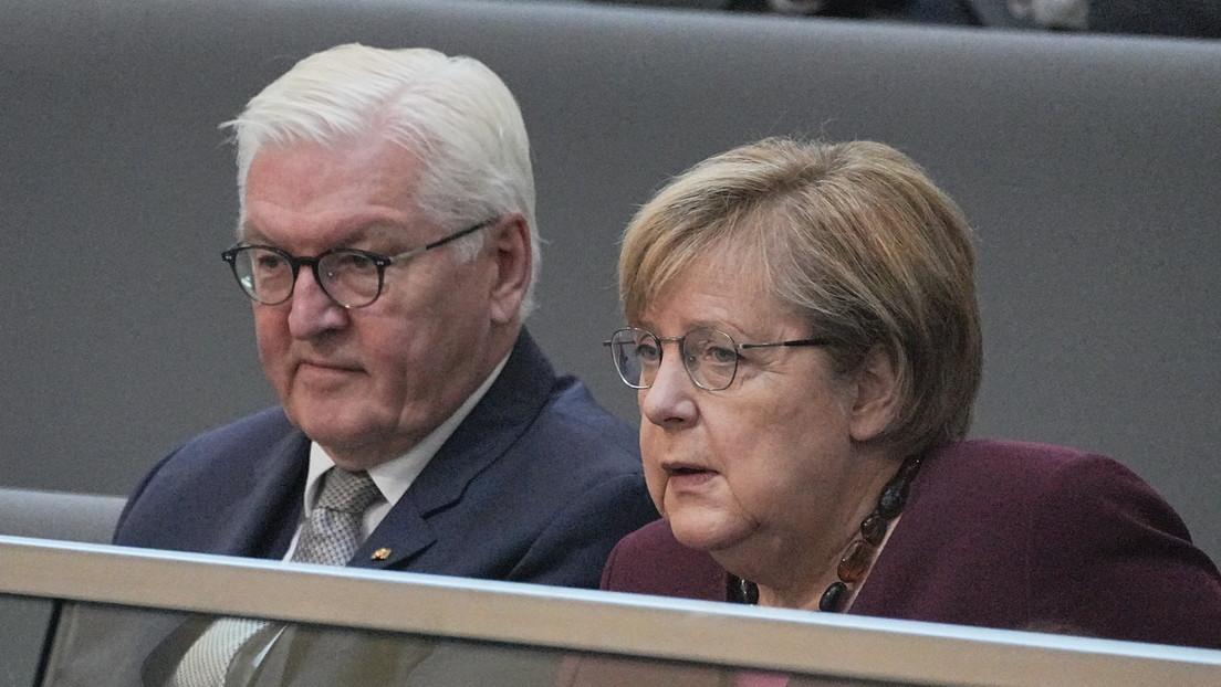 Angela Merkel soll Regierungsgeschäfte kommissarisch weiterführen