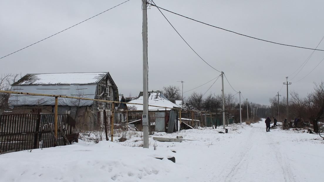 Wegen Brennstoffkrise: Rada-Abgeordneter rät Ukrainern, sich für den Winter mit Mist einzudecken