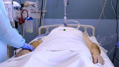 """Hochwirksam und sicher? Jeder dritte """"COVID-Tote"""" der letzten vier Wochen war durchgeimpft"""