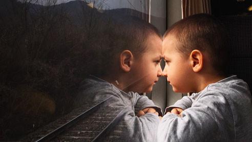 Гаджеты нашего двора. Психолог — о жизни детей в изоляции и после неё