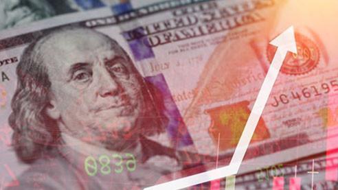 Доллар против биткоина. Противостояние на фоне роста госдолга США