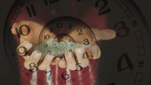 Насколько реалистичен фильм «Довод»? Физик-теоретик — о современном толковании времени