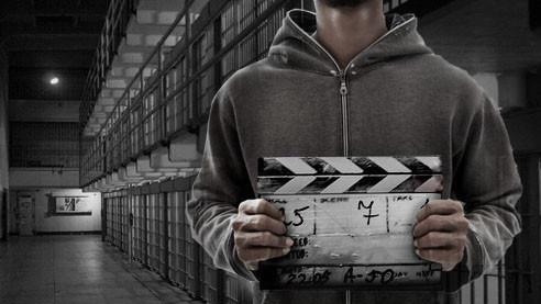 Почему преступники снимаются в документальном кино. Мариана ван Зеллер — о своих фильмах
