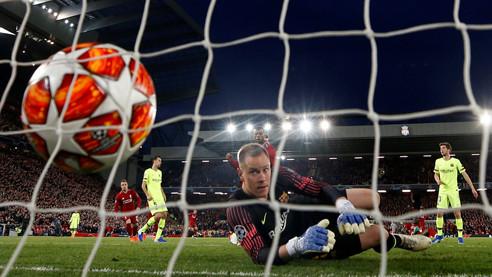 Полуфинальные сенсации ЛЧ. Жозе Моуринью — о победах «Ливерпуля» и «Тоттенхэма»