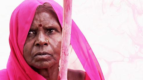 Против насилия и жестокости. Чем знаменита в Индии «Розовая банда»