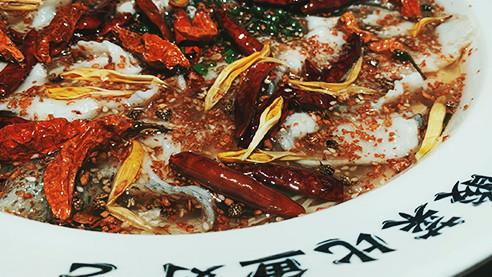 Морские ушки, помело и бамбук. Как китайские бедняки строят собственный бизнес