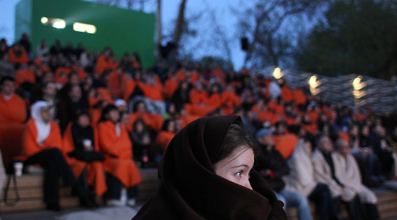 Summer of Soviet classics: Marquee movies for homeless open in Moscow