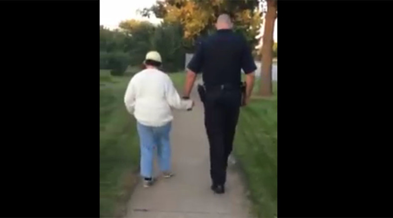 Viral video shows Illinois officer helping mentally disabled woman