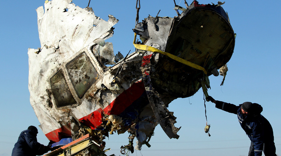 Victims of MH17 crash remembered throughout the world a year on