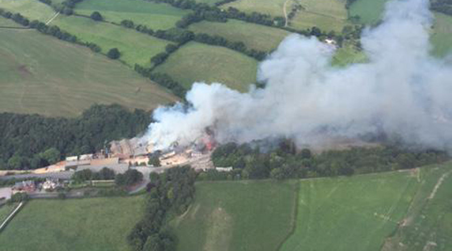 4 people trapped in Cheshire building fire