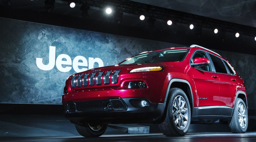 Hackers successfully infiltrate, control Chrysler vehicle system during experiment