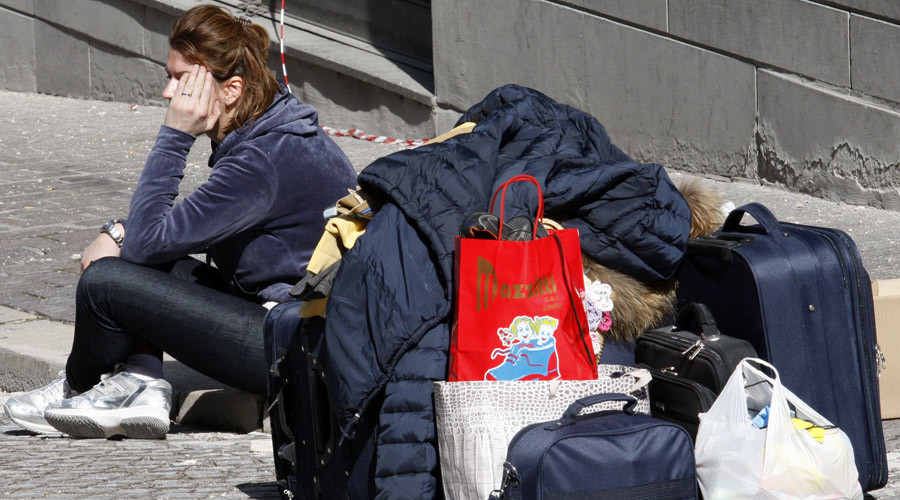 Youth unemployment in Italy exceeds 44 percent, 38yr high