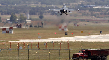 Turkey joins US-led coalition against ISIS, provides jets & air bases