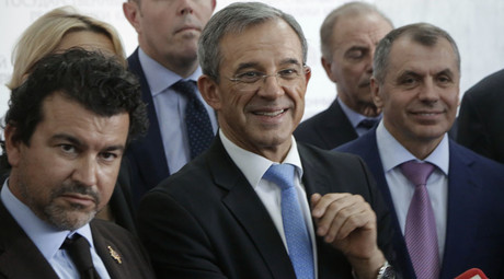 Most Crimeans 'happy to be back in Russia' – head of French delegation to peninsula