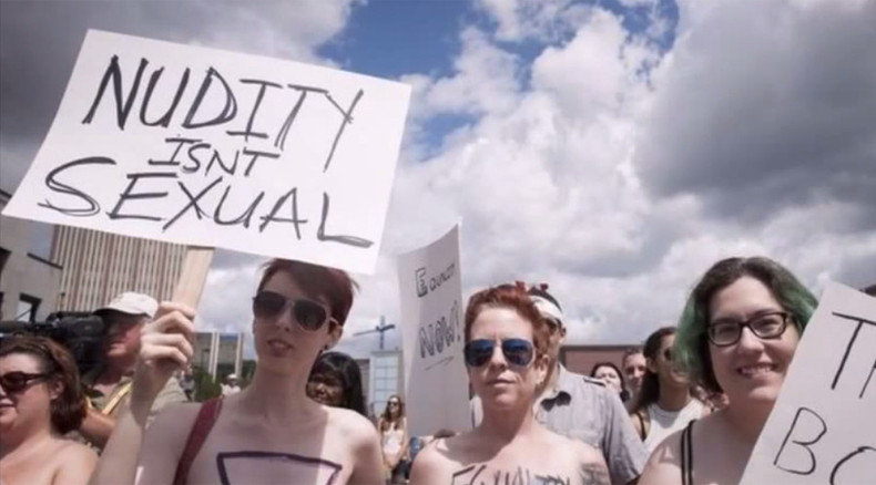 'Boobs, not bombs': Hundreds take part in Ontario topless protest