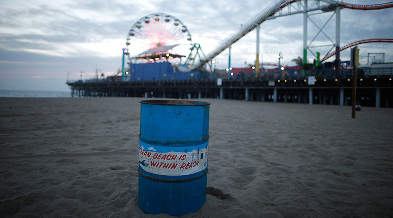 Santa Monica beach evacuated after suspicious 'acidic substance' washes ashore (PHOTOS)