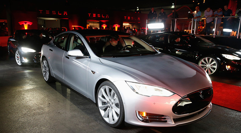 Researchers hack & remotely control Tesla Model S, inform manufacturer to fix bugs