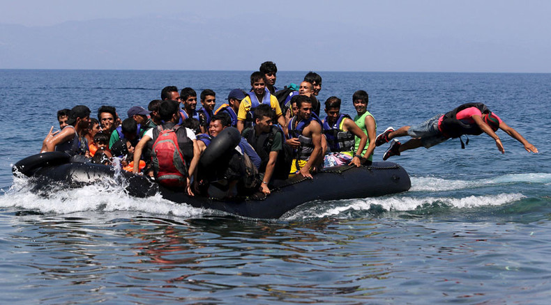 UNHCR urges Greece to resolve refugee crisis deemed 'shameful' for EU member