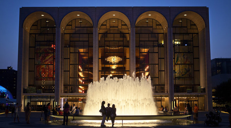 After 100 years, Metropolitan Opera shuns blackface for 'Otello'