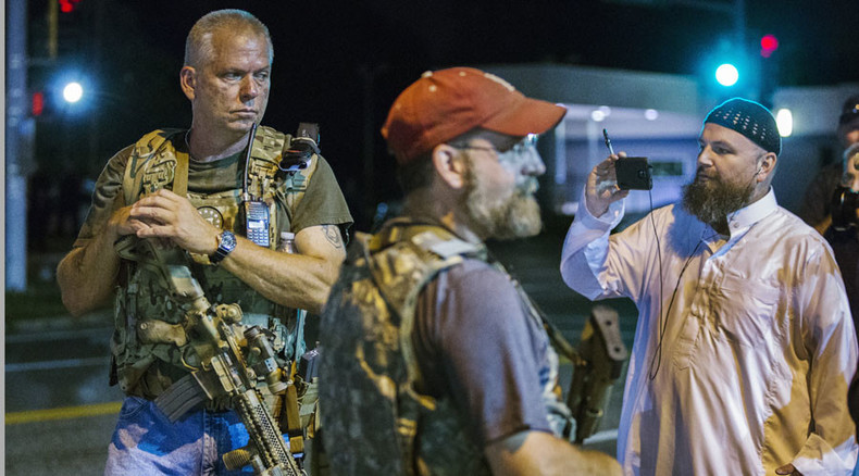 Heavily-armed white men patrol Ferguson, 'ready to confront authorities to defend US Constitution'