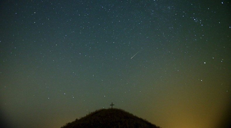Amazing Perseid comet shower lights up night skies (PHOTOS)