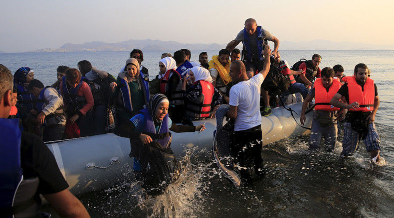 Greek Coast Guard accused of sinking refugee boat by Turkish fishermen