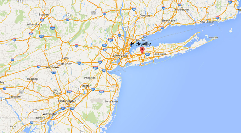 1 killed, 1 injured in Long Island as light aircraft crashes onto railroad track
