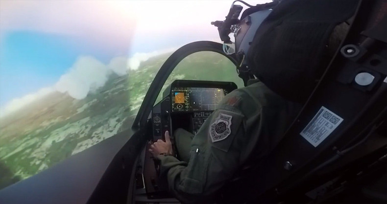 Top Gun? Simulating a flight in the 'less than impressive' F-35 (VIDEO)