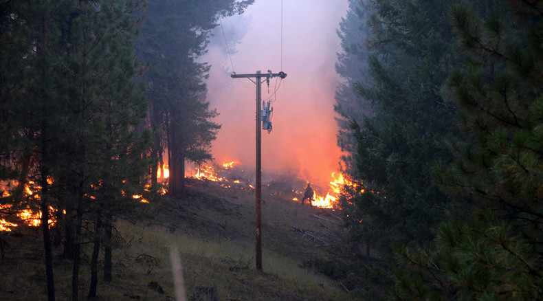 3 firefighters killed battling wildfire in Washington, evacuations in place