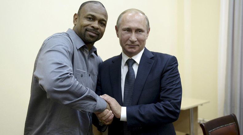 US boxer Roy Jones Jr. asks for Russian passport over cup of tea with Putin in Crimea
