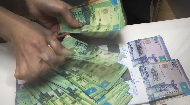 Free float sinks Kazakhstan's currency