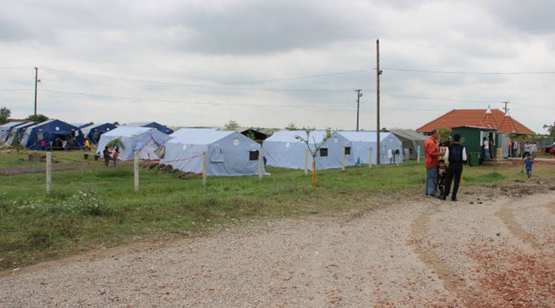 Russia assists Serbia with EU-bound refugee influx