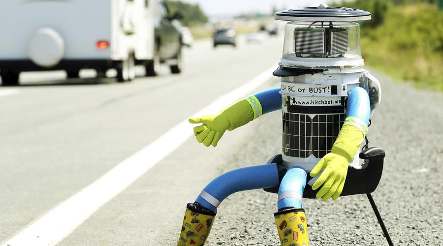 Vandals cut short hitchhiking robot's US cross-country trek