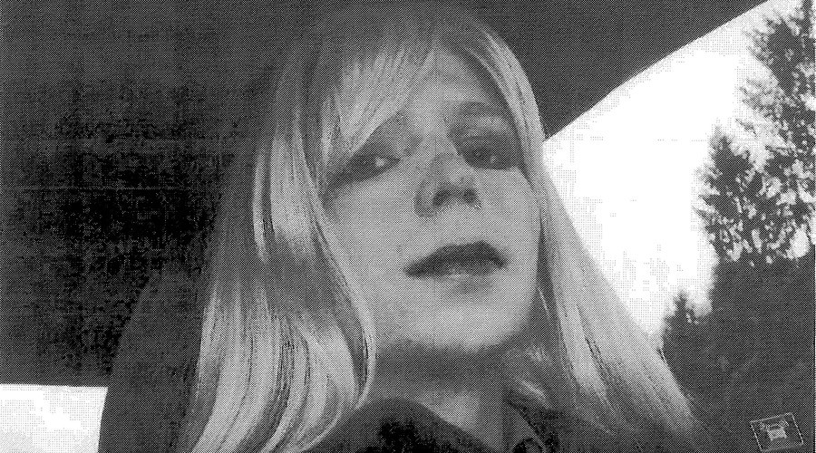 Manning barred from legal library before solitary confinement hearing