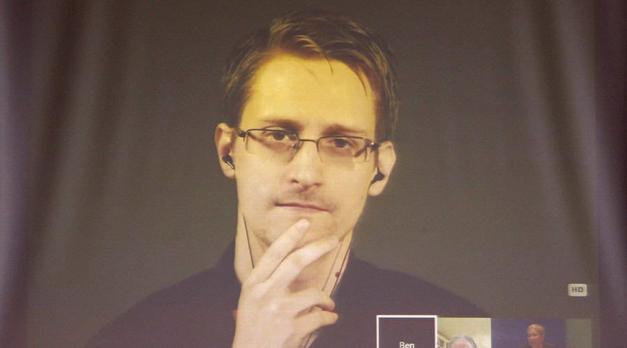 33% of Americans want Snowden pardoned – poll