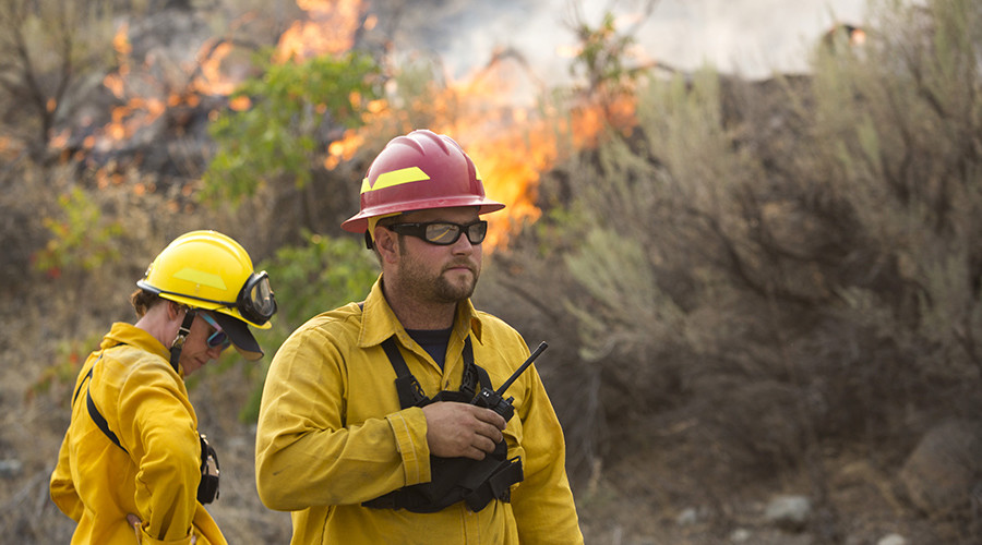Washington recruits volunteer firefighters as wildfires declared federal emergency
