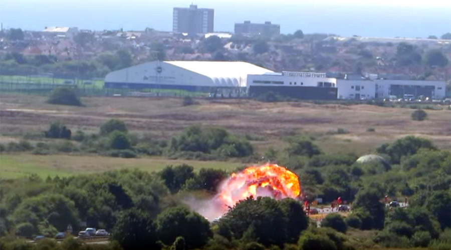 Military jet crashes onto highway at Shoreham Airshow, killing 7 motorists (PHOTOS, VIDEO)
